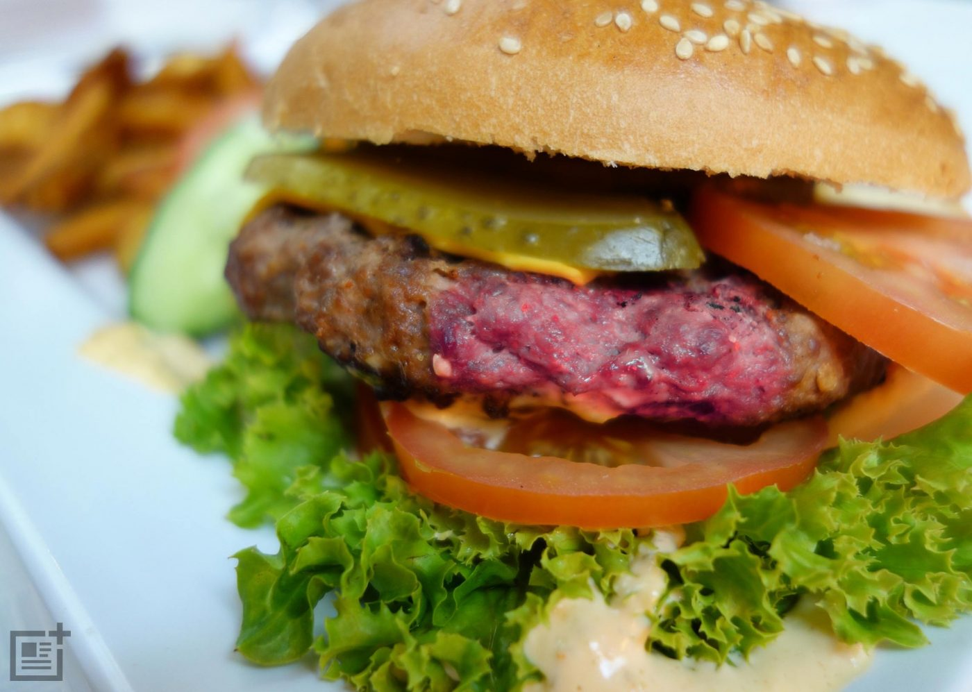 Don't Eat Burgers That Are Pink In The Middle - Health Units